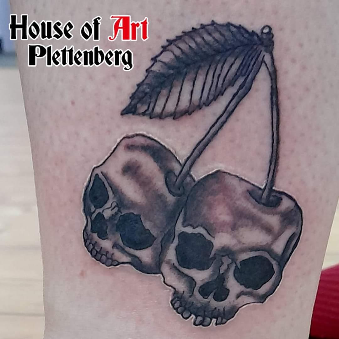 Totenkopftattoo im House of Art Plettenberg