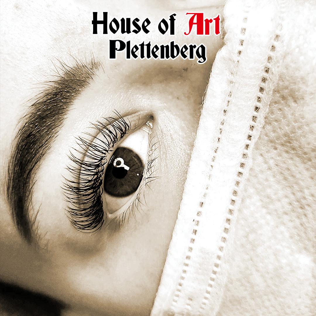 Schöne Wimpern im House of Art Plettenberg
